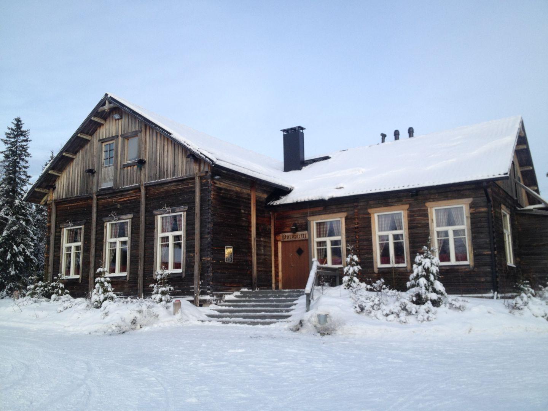 Poropirtti farm with Lapland Safaris