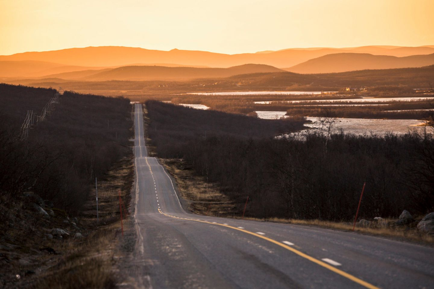 A highway in Enontekiö during sunset