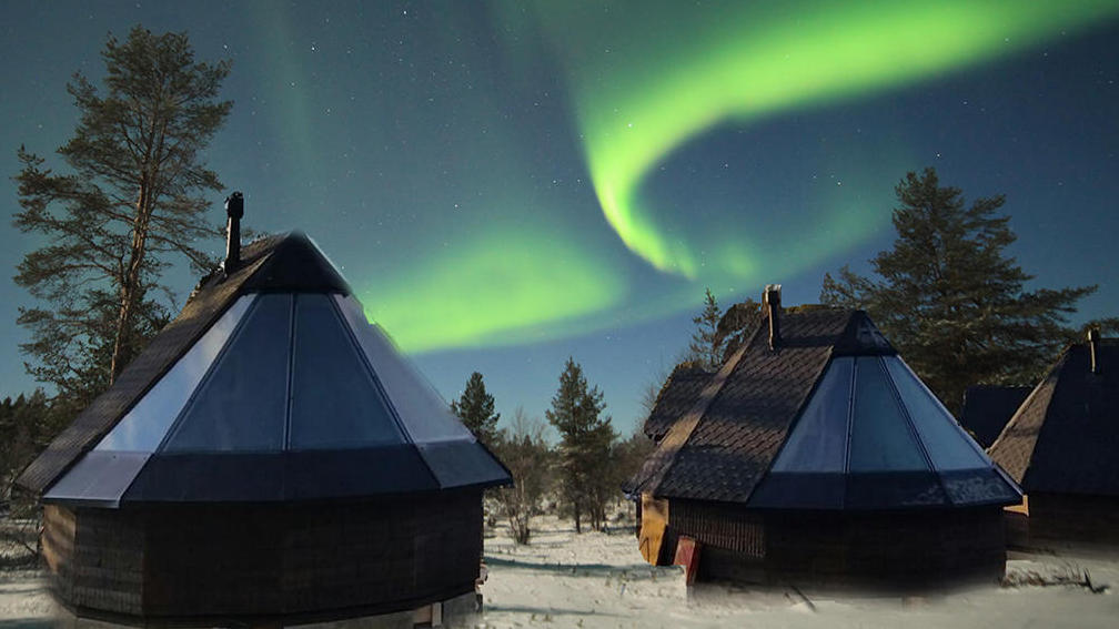 Muotka Aurora Cabins are a perfect and romantic spot for aurora hunting.
