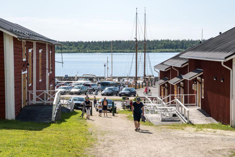 Santas seaside office is located in Kemi Harbor