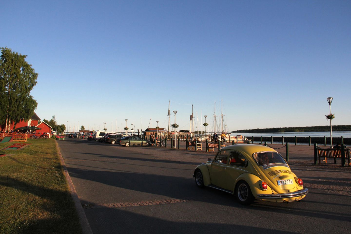 Yellow VW beetle at Kemi Harbor