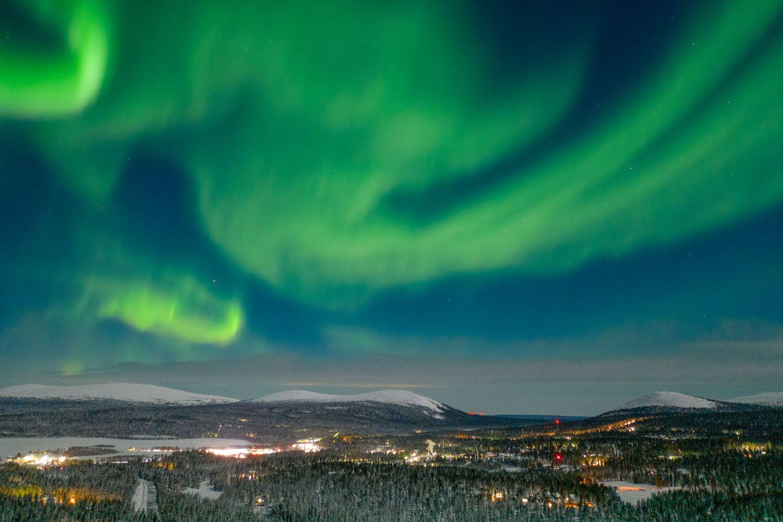 Northern lights over Äkäslompolo in Kolari, Lapland, Finland