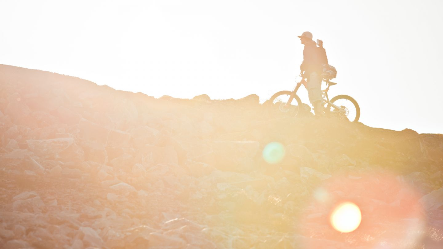 Biking in Lapland and bathing in the sun light