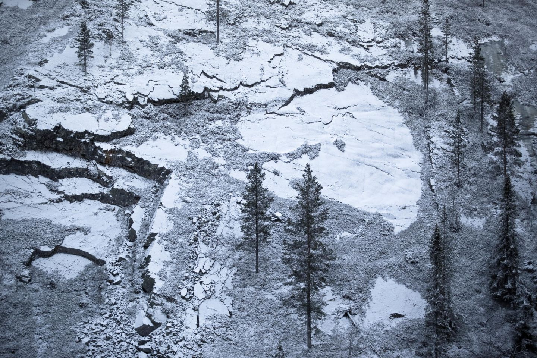 First snow on the rocky hillside at Pyhätunturi