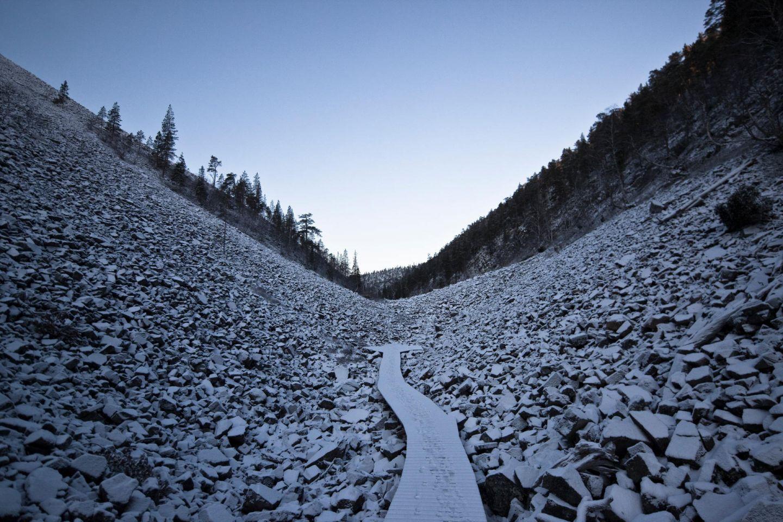 First snow in the rocky ravine at Pyhätunturi