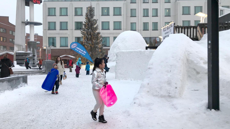 Rovaniemi snow slide | snow construction