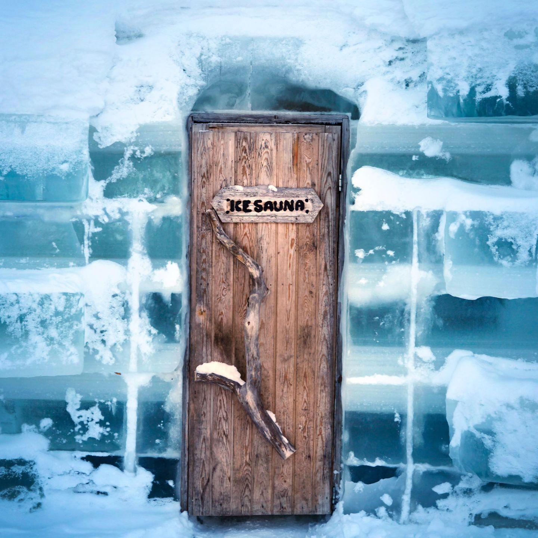 Ice sauna door | snow construction