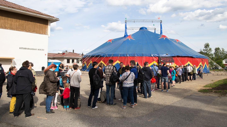 elokuvafestivaalit festarit lapissa telttaan jonottaminen