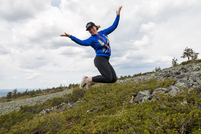 Asuminen lapissa Laura hyppää