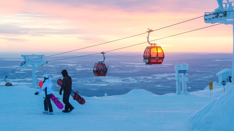 Snowboarding in Ylläs, Lapland