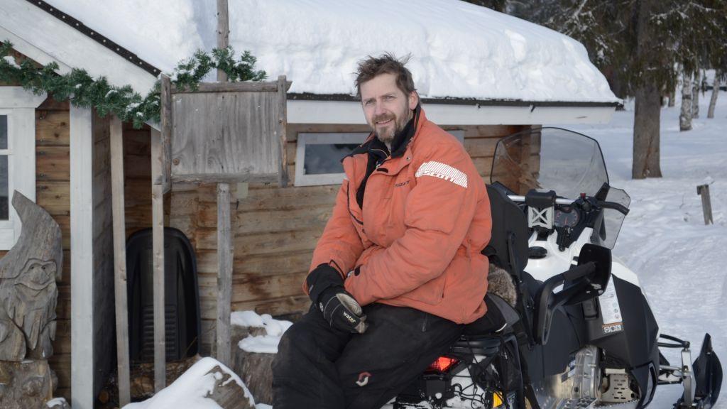 Dirk seasonal worker