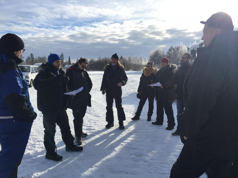 Shell filming crew in Lapland (Shell_kuvaaja Bernd Wondollek, ohjaaja Mark Jenkinson, tuottaja Tom Farley, apulaisohjaaja Mika Karttunen, rekvisitööri Heli Suono, lavastaja Markus Packalén, Spfx_kuva_HannaTuovio)