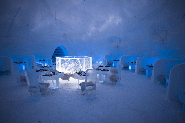 Työ Lapissa lumilinna Game of Thrones teema pyöreä pöytä