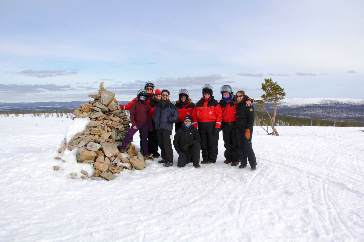The tour stops for a photo, during Film Lapland Fam Tour 2018