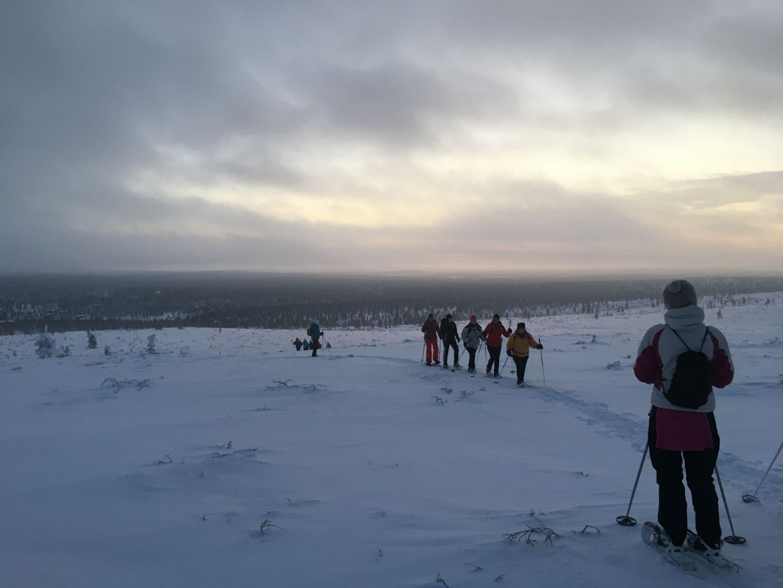 Aksana Kurola järjestää hiihtovaelluksia Lapissa