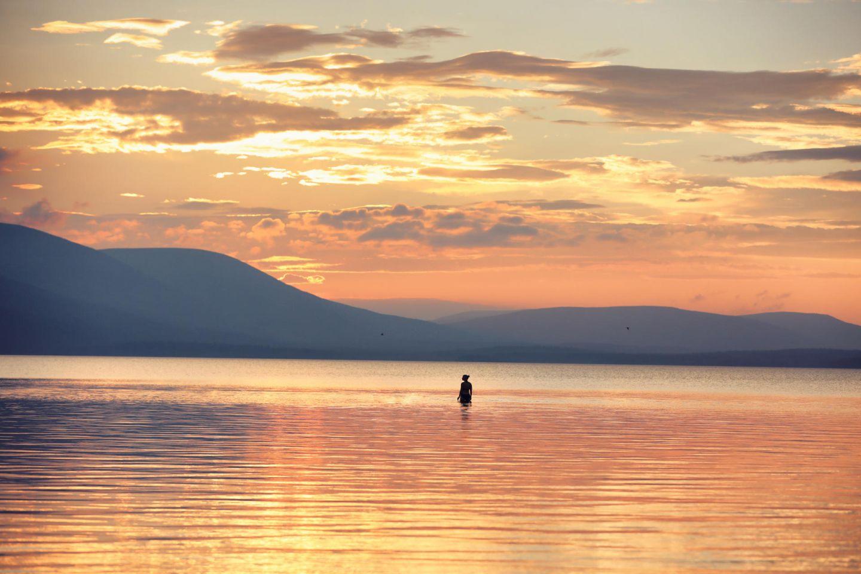 Golden lake Pallasjärvi in Pallas, Lapland