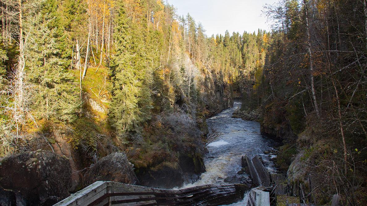 Auttiköngäs Falls in Rovaniemi, Finland