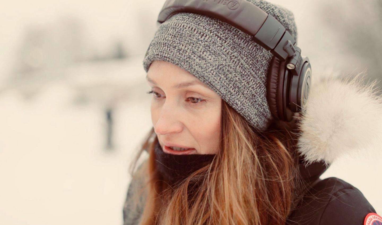Director Miia Tervo on set of romantic comedy, Aurora
