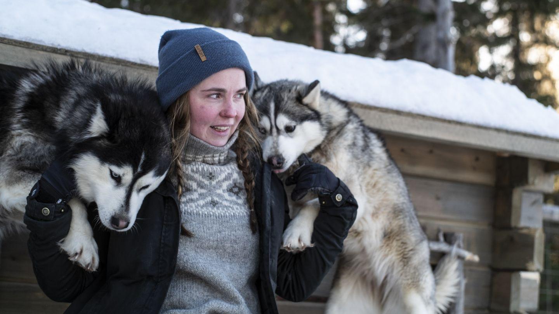 Inka Salmirinne and siberian huskies