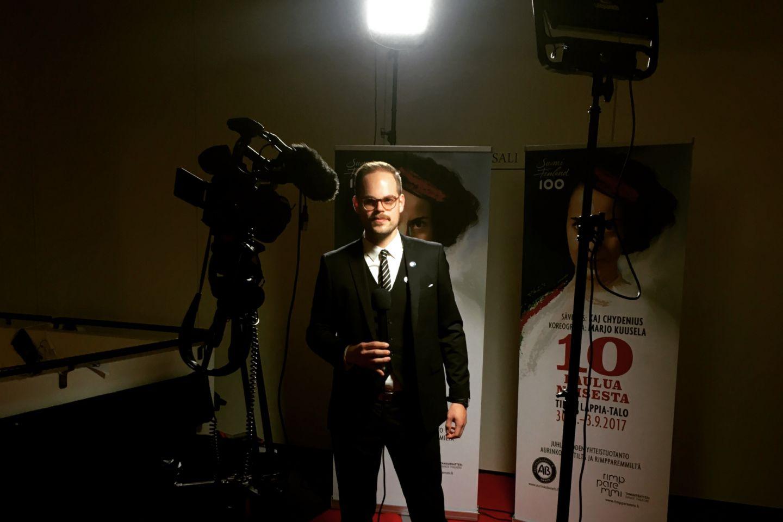 Host Julius Oforsågd from Lapland Film Services