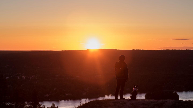 Midnight sun hike, beginner hiking Lapland, Finland
