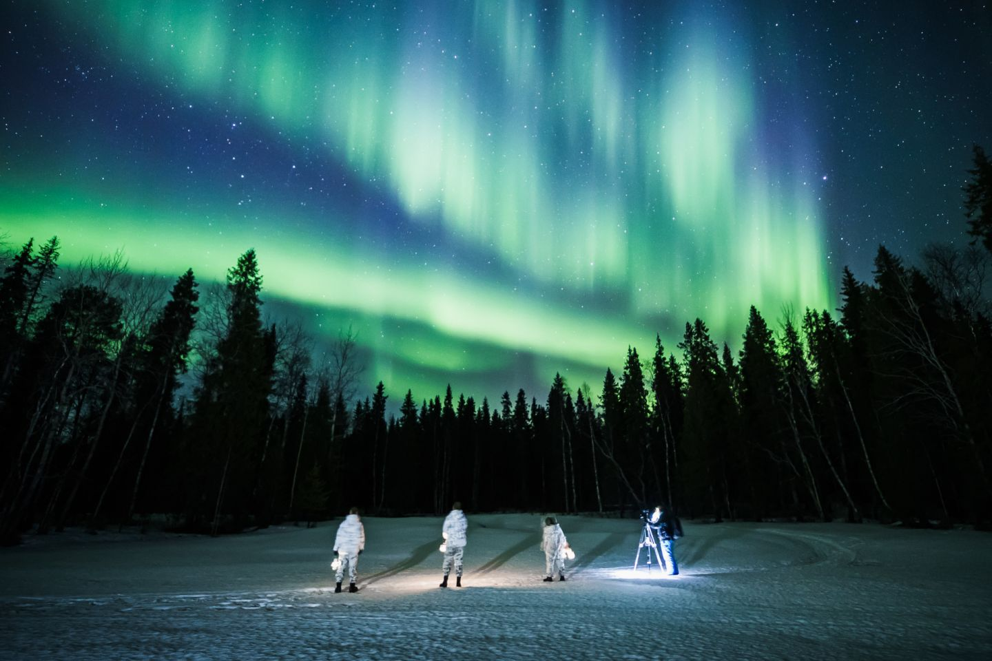 Filming the Northern Lights with All About Lapland