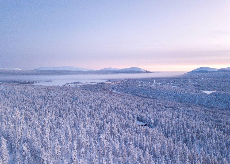 Aerial image of Ylläs in winter