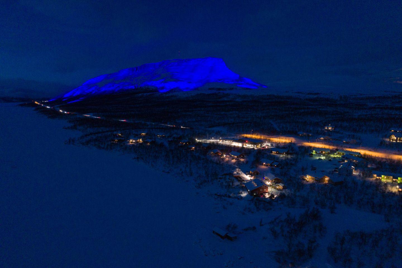 Saanatunturi Kilpisjärvi Luminous Finland 100