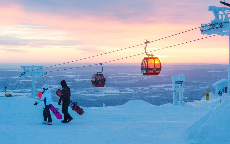 Ylläs skiresort gondola