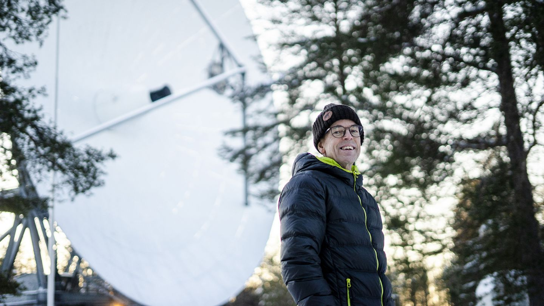 Tutkija Esa Turunen kuvattuna Sodankylän observatoriolla