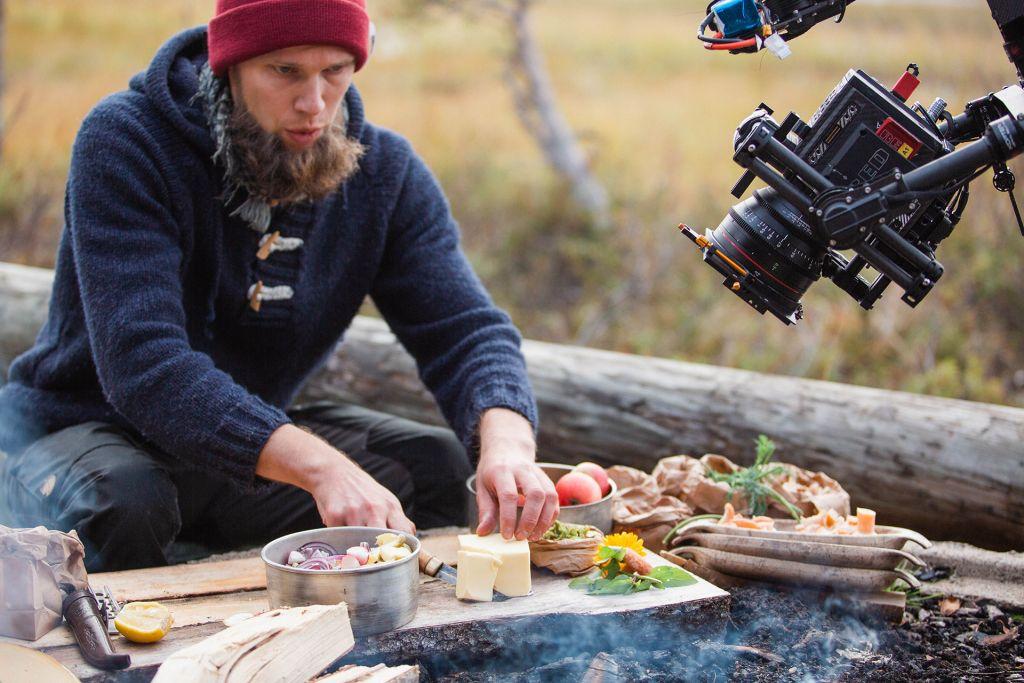 Filming food