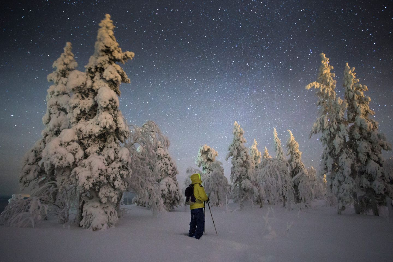 Enjoying the #darkskies and snowy night in Pyhä-Luosto